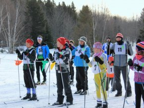 Mass start for the 2km classic race.