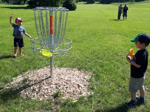 New Disc Golf Course Open on Island